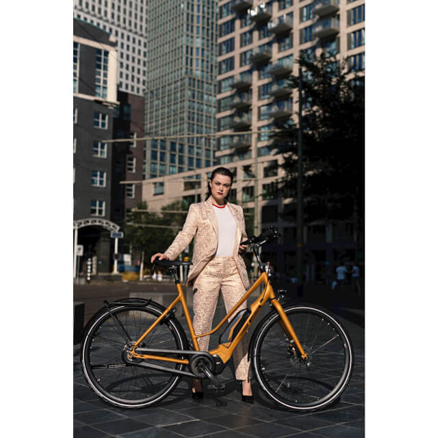 Cortina E-Mozzo Pro ladies bicycle  1_cortina 574x574