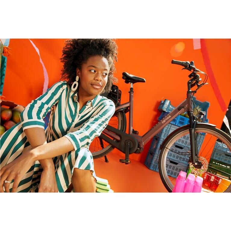 Cortina E-Octa Plus ladies' bicycle  1_cortina 767x767